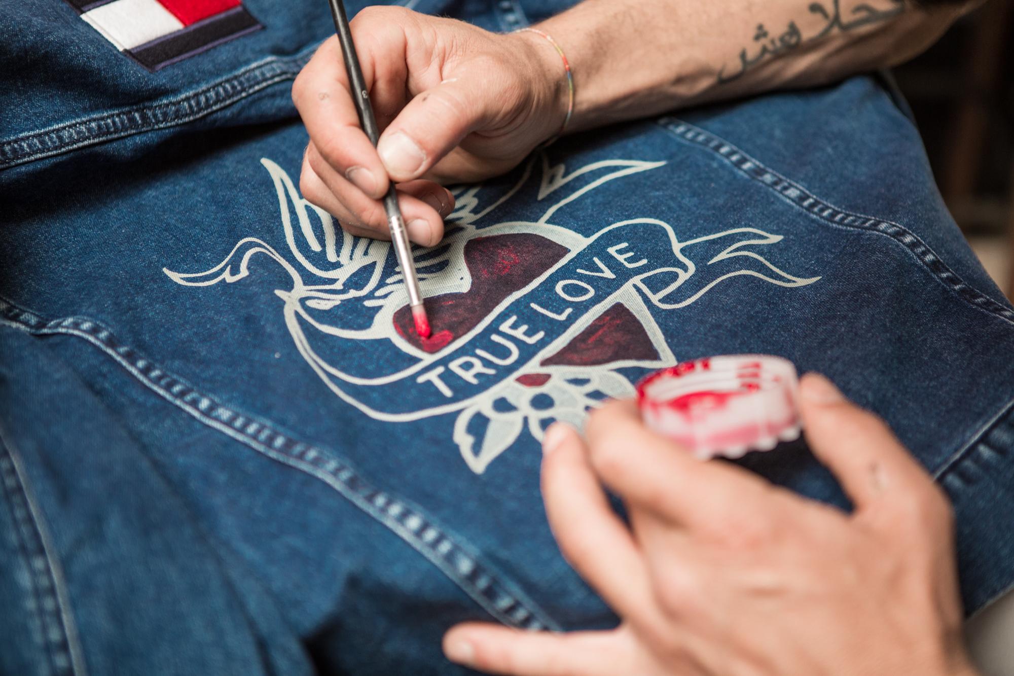 Customisation Tommy Jeans Pitti SS18