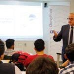 ChevyPlan capacita sobre emprendimiento sostenible a jóvenes universitarios