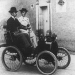 La marca francesa esta de aniversario, cumple 120 años en el sector automotriz